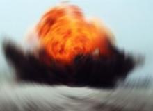 Bomba yüklü araç patlatıldı, ölü ve yaralılar var