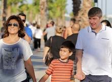 Başkan Türel haftanın yorgunluğunu Konyaaltı Sahili'nde attı