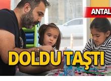 Antalya'da çocukların yeni gözdesi 'Kitap ve Oyuncak Kütüphanesi'