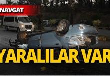 Manavgat'ta ağaca çarpan otomobil takla attı!