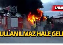Antalya'da içerisinde ranzalar bulunuyordu, cayır cayır yandı!