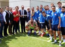 Antalyaspor antrenmanına sürpriz isimler