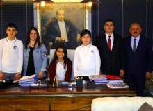 Manavgat Belediye Başkanlığı koltuğuna Simay Sargın oturdu