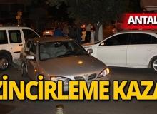 Antalya'da zincirleme kaza: 3 araç birbirine girdi!