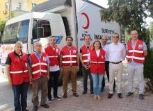 Antalya'dan Suriye'ye tır dolusu insani yardım malzemesi