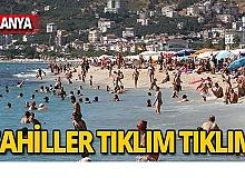 Tatilciler sahillere akın etti