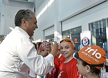 """Başkan Uysal: """"Müreffeh bir toplum için çalışacağımıza ant içiyoruz"""""""