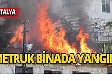 Binanın üst katı yandı!