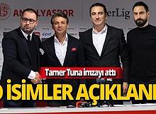 Antalyaspor'da 3 ayrılık, 1 transfer resmen açıklandı