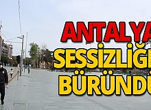 Antalya'da genç nüfus da sokaktan çekildi, yoğunluk düştü