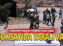 Askerleri taşıyan midibüs kaza yaptı