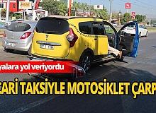 Antalya'da ticari taksiye motosiklet çarpıştı