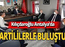 Kılıçdaroğlu, Böcek için geldiği Antalya'da toplantı yaptı