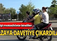 Antalya'da trafikte tehlikeli anlar! Motosiklete 4 kişi bindiler