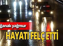 Sağanak yağmur Bursa'da hayatı felç etti