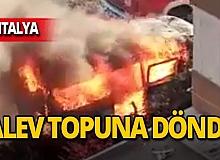 Antalya'da park halindeki minibüs yandı