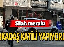 Kayseri'de bir kişi silahı incelerken arkadaşını vurdu