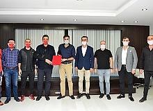 Muratpaşa Belediyesi'nden spor protokolü