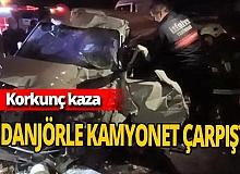 Vidanjörle kamyonet kafa kafaya çarpıştı: 1 ölü