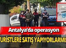 Antalya'da turistlere uyuşturucu satan 4 şüpheli yakalandı