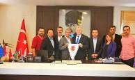 Başkan Yeni: 'Türkiye ve Antalya'yı tanıtıyoruz'