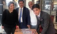 18 yaşında Antalya'dan milletvekili aday adayı oldu