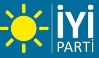 İYİ Parti'de 14 kişi istifa etti