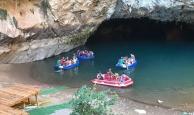 Altınbeşik Mağarası'na akın akın geliyorlar