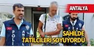 Antalya'da denize giren tatilcileri soyan zanlı yakalandı