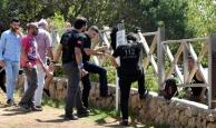Antalya'da intiharı biber gazıyla engellediler