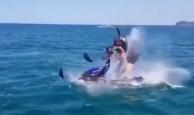 Jet-ski patladı baba ve oğlu ağır yaralandı
