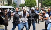 Manavgat'ta evinde gasp edilen kadın zanlılara saldırdı
