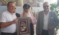 Rumlar engel olamadı Paris Hilton KKTC'de