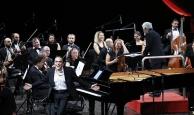Atakoğlu'ndan Antalya'ya özel beste