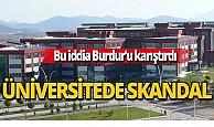 Üniversitede taciz skandalı!