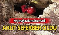 Antalya'da, mağarada mahsur kalan keçiyi AKUT kurtardı