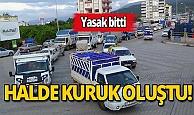 Antalya'da  kısıtlamanın ardından kilometrelerce kuyruk oluştu