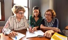 Muratpaşa'dan yaşlılara İngilizce kursu