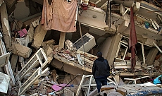 AFAD: 'Enkazdan sağ kurtarılan kişi sayısı 44'e yükseldi'