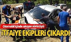 Antalya'da virajı alamayan otomobil ters döndü