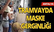 Maskesini takmayan kadın yolcuya vatandaşlar tepki gösterdi