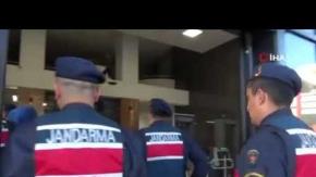 Antalya'da eş zamanlı baskın: 17 şüpheli adliyede!