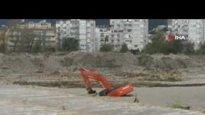 Antalya'da işte böyle mahsur kaldı!