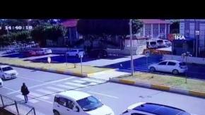 Antalya#039;da yaya geçidinde inanılmaz kaza!