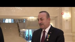 """Bakan Çavuşoğlu'na Azerbaycan'dan """"Dostluk Nişanı"""""""