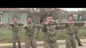 Bakanlık paylaştı! İşte bedelli askerlerin bir günlük eğitimi!