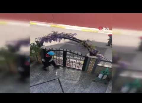 Antalya'da patenci geçlerin polis korkusu