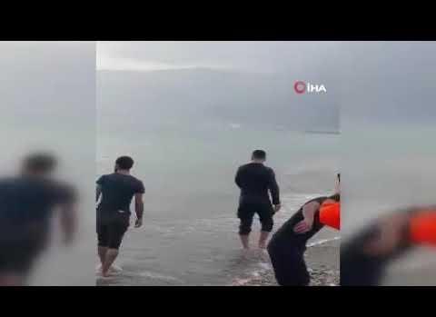 Dev balina sahile vurdu!