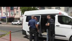 Kaldırımda gördü, hemen polisi aradı!