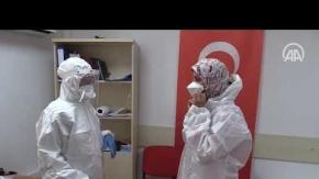'Koronavirüs dedektifleri' yüksek nem ve sıcağa rağmen fedakarca çalışıyor